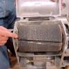 Perforar cepillos y lijadora de piso: cómo repintado un piso de madera