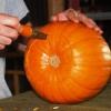 De Halloween que talla la calabaza: tiki linterna del o