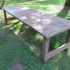 Cómo aplicar un acabado de cera a una mesa de picnic al aire libre