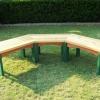 ¿Cómo construir un banco de madera semi-circular