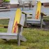 ¿Cómo construir sillas Adirondack upcycled