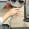 Cómo limpiar y cuidar de una sierra de cinta