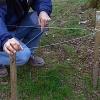 Cómo construir una valla de tela metálica