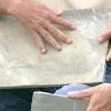 Cómo cortar chapa de piedra para adaptarse