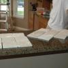 Cómo instalar un protector contra salpicaduras en una cocina