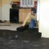 Cómo instalar una base para un piso de concreto