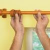 Cómo instalar una barra de cortina