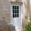 Cómo instalar una puerta exterior pre-hung