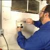 Cómo instalar una válvula de cierre