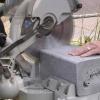 Cómo instalar un muro de contención de la madera