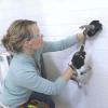 Cómo instalar un tocador con lavabo bajo cubierta