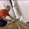 Cómo instalar alfombra sobre pisos de madera dura