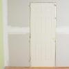 Cómo instalar puertas pre-colgadas interiores