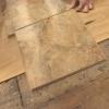 Cómo instalar complemento juntos pisos de baldosas