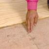 Cómo instalar suelo de tablones de ancho en una cocina