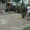 Cómo poner un patio de ladrillo pavimentadora
