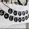Como hacer un feliz halloween bandera blanco y negro