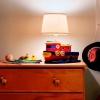 Cómo hacer una lámpara de un remolcador de juguete