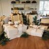 Cómo hacer una caja de regalo decorativo de estilo rústico y el arco