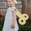 Cómo hacer una muñeca de traje de halloween de cuerda