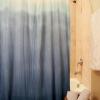 Cómo hacer una cortina de ducha ombre
