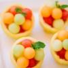 Cómo hacer cuencos cítricos melón lleno