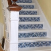 Cómo hacer más de una escalera con pintura y papel tapiz