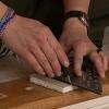 Cómo arreglar un agujero con paneles de yeso de chatarra