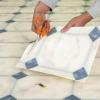 Cómo parchear y suelos de reparación de vinilo