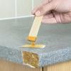 Cómo arreglar el borde de una encimera de laminado