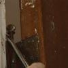 Cómo repintado de una puerta de madera maciza