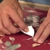 Cómo reparar papel tapiz desgarrado