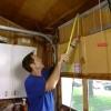 Cómo reemplazar una puerta de garaje