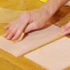 Cómo teñir gabinetes de madera