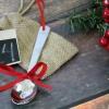 Cómo convertir una cuchara de bebé en un ornamento de navidad
