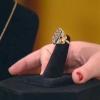 Forma de anillo de alambre forrado
