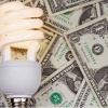 ¿Cuánto dinero puedo ahorrar cambiando a bombillas halógenas?