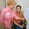 Cómo jubilado programas voluntarios mayores trabajan