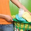 Cómo cortar la ropa y los gastos de limpieza en seco