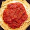 Cómo quitar la carne, barbacoa, y las manchas de salsa de espagueti