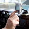 ¿Es más asequible para tener un sistema GPS portátil en el coche o tener el distribuidor instalar uno?