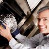 ¿Qué pasa si pongo papel de aluminio en el microondas?