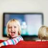 ¿Cuál es la mejor manera de limpiar una televisión de pantalla plana?