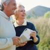 ¿Cuál es la forma más barata de viajar cuando usted está jubilado?