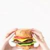 Papel Mache DIY hamburguesa + Fries (+ A Giveaway!)
