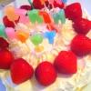Cómo decorar un arco iris de cumpleaños pastel de queso