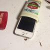Cómo ocultar su teléfono celular en su Desodorante Viejo