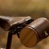 Cómo instalar una Bolsa Barril en su silla de montar de la bicicleta
