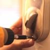 Cómo instalar un cerrojo electrónico