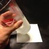 Cómo mantener una servilleta se pegue a un vaso!